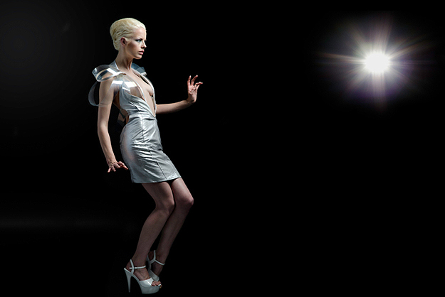 Fashion-Technology-Interactive-Dress-4