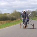 Paravelo, premier vélo volant au Monde