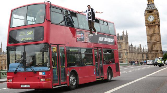 Dynamo bus stunt