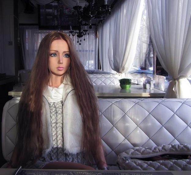 valeria-lukyanova-barbie-russe_25
