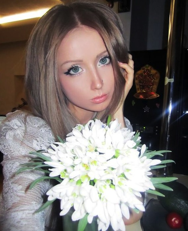 valeria-lukyanova-barbie-russe_34