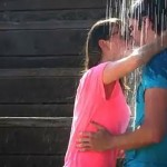 La scène du kiss in the rain de The Notebook dans la vraie vie