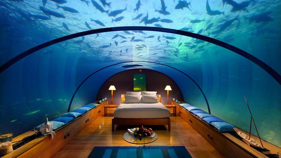 005276-08-honeymoon-suites