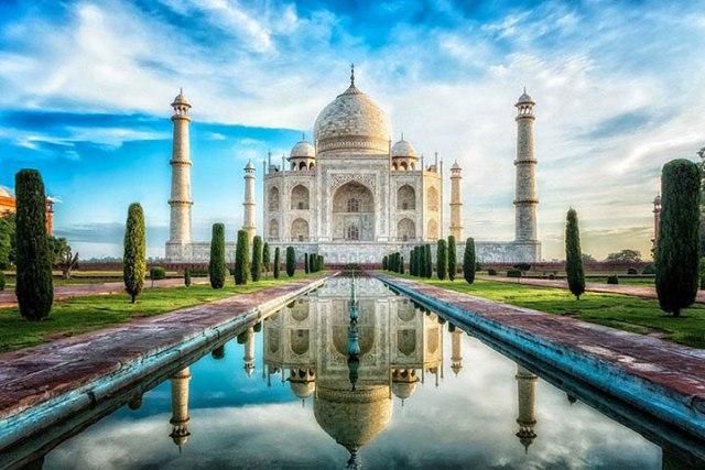 15-destinations-paradisiaques-autour-desquelles-il-ne-vaut-mieux-pas-regarder5