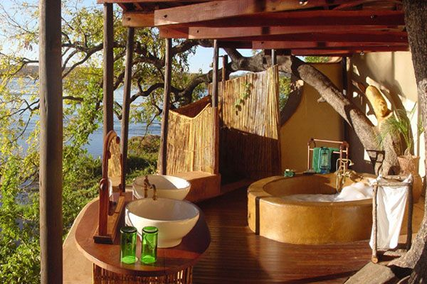 Bathrooms-with-Views-03-1-Kindesign_resultat