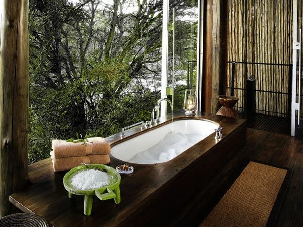 Bathrooms-with-Views-43-1-Kindesign_resultat