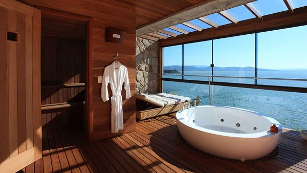 Bathrooms-with-Views-48-1-Kindesign_resultat