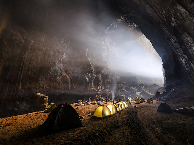 Camp inside Hang Son Doong