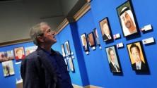 George Bush inaugure sa galerie de portraits des chefs de gouvernements