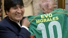 Evo Morales : Président et footballeur professionnel à 54 ans