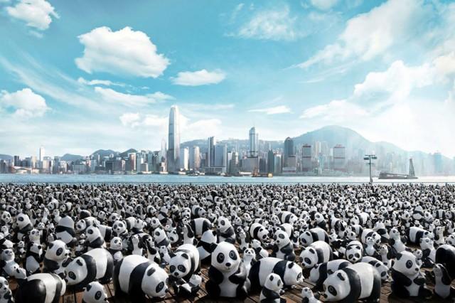 Papier-mache-Pandas-in-Hong-Kong1-640x426