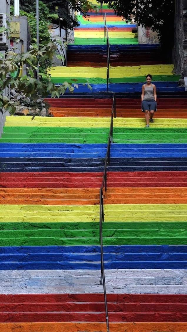 creative-stairs-street-art-15-1-545x1024