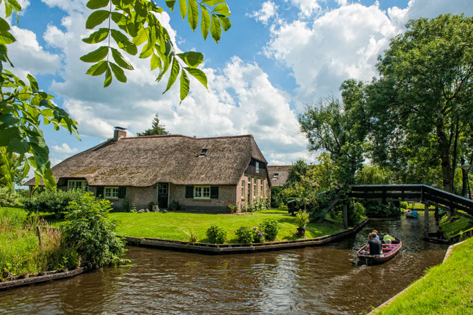GIETHOORN – PAYS BAS