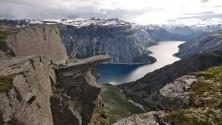 Trolltunga, le précipice le plus vertigineux de la planète