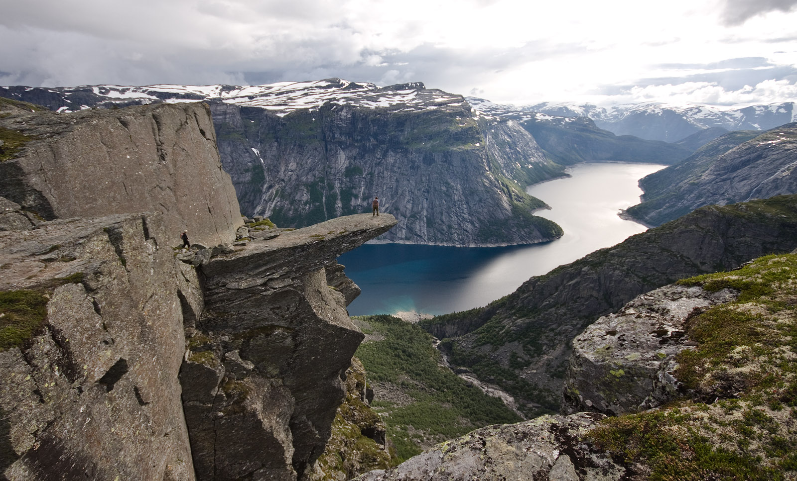 View_of_trolltunga