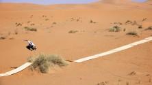 Ce photographe a créé un skatepark dans le désert Marocain