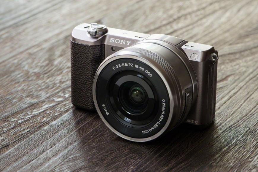 sony-a5100-camera-1-960x640-870x580