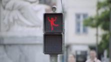 Smart Car réinvente le feu rouge pour piétons