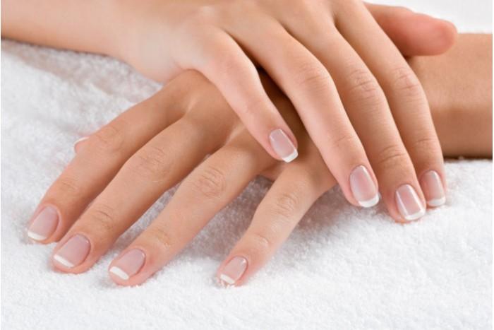 blanchir-et-durcir-les-ongles