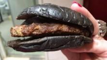 Le Burger noir de Burger King est dégoûtant en réalité