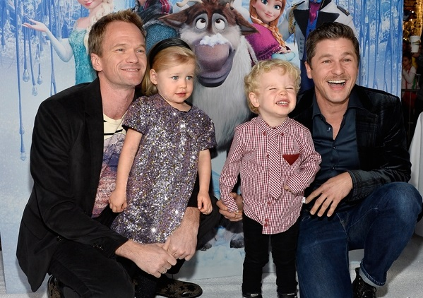 neil-patrick-harris-david-burtka-twins-11202013-lead02-600x450