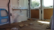 Il transforme une camionnette en un magnifique espace de travail