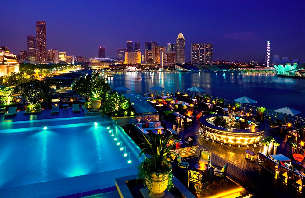 3 The Fullerton Bay Hotel Singapore Pool