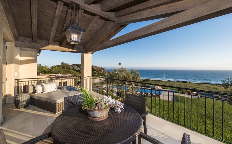 Lady-Gagas-new-Malibu-house-12