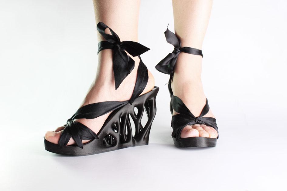 Laurel-shoe-on-model