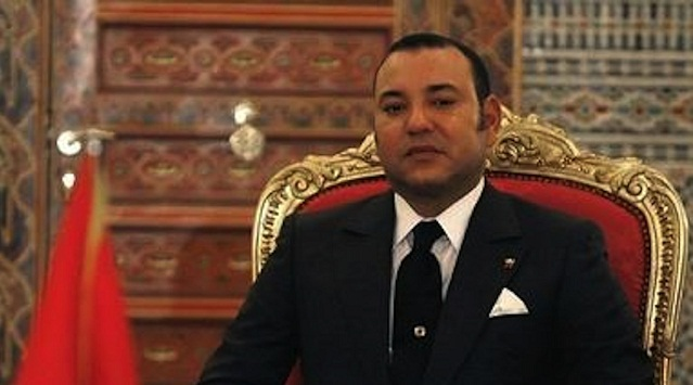 """Moroccan King Mohamed VI attends a signing ceremony with French President Nicolas Sarkozy (not pictured) at the Royal Palace in Marrakech, 23 October 2007. King Mohammed VI said Tuesday that Morocco wants an """"advanced status"""" with the European Union, calling upon France to help push its European partners to grant his north African country closer ties. AFP PHOTO POOL LUDOVIC (Photo credit should read LUDOVIC/AFP/Getty Images)"""