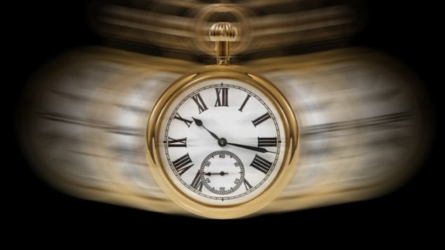 110726_gr8uj_horloge-montre-temps_sn635