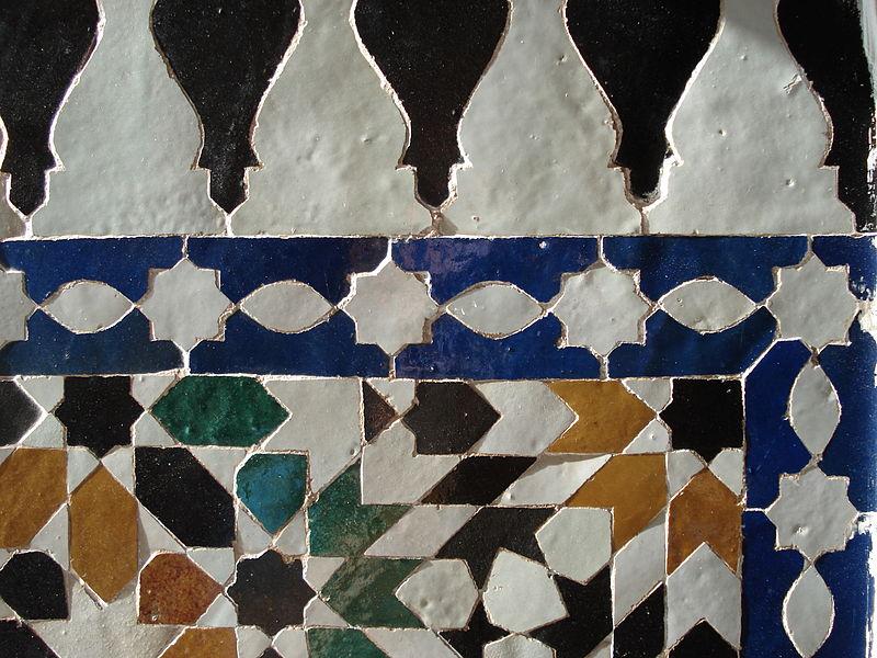 800px-Zellige-Marrakesh-1