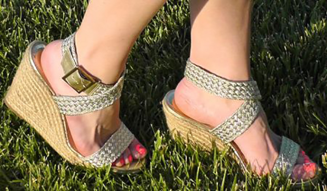Beautiful-Gold-Wedge-Sandal