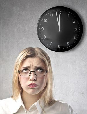 girl-watching-the-clock