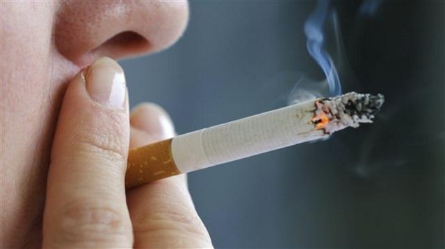 PC_120315_oi6zc_cigarette-fumer_sn635