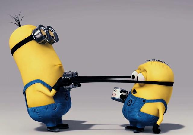 divers-despicable-minions-fighting1-big