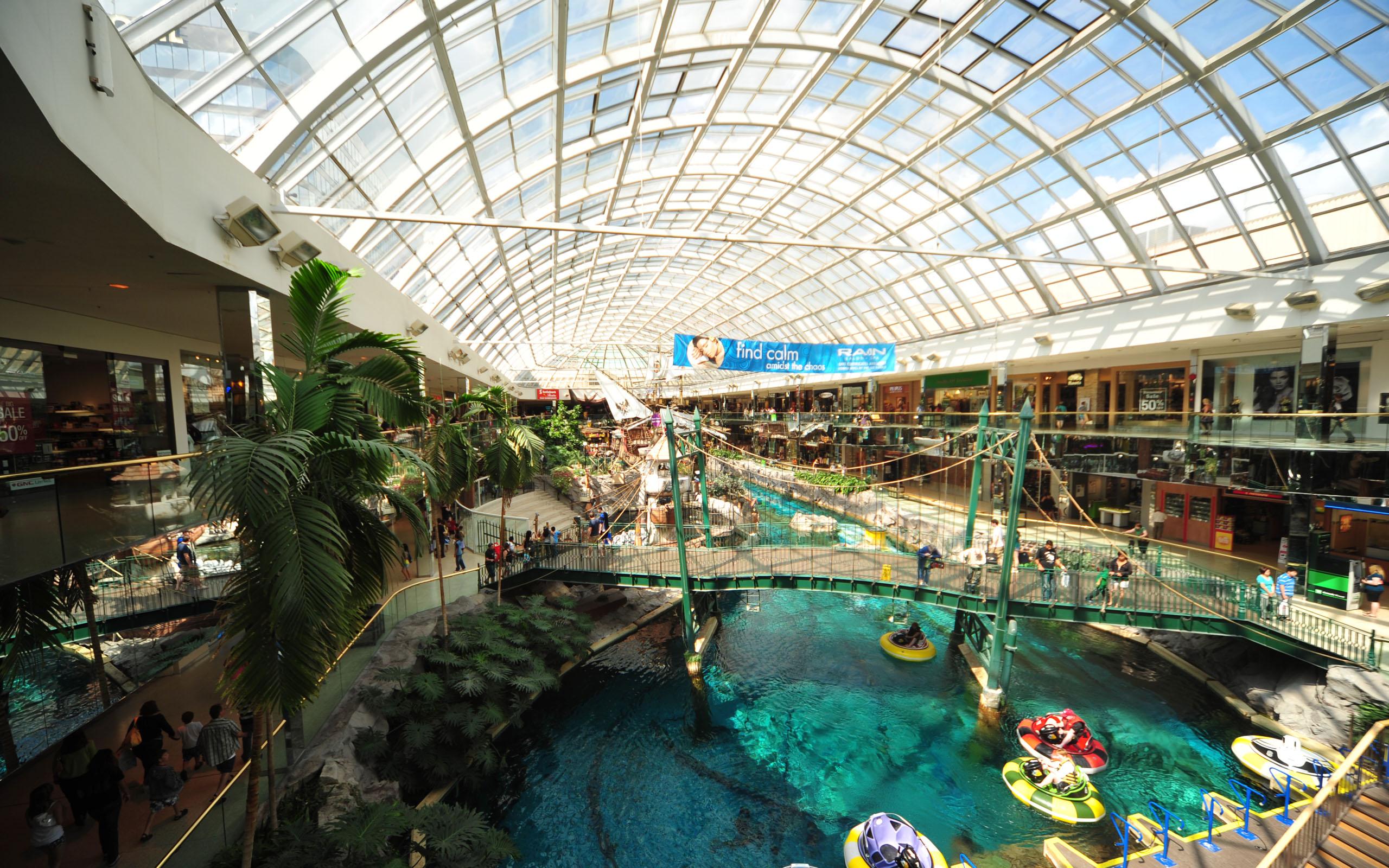 West-Edmonton-Mall.1
