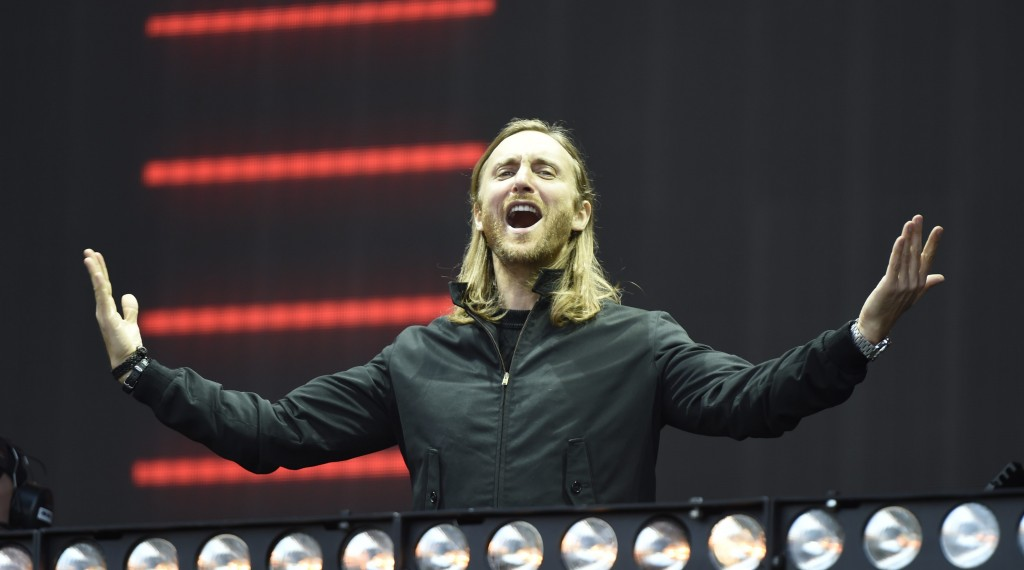 ©Matrixpictures.co.uk/MATRIX/MAXPPP - NON EXCLUSIVE PICTURE: MATRIXPICTURES.CO.UK PLEASE CREDIT ALL USES WORLD RIGHTS French DJ and Record Producer David Guetta is pictured performing at Radio 1's Big Weekend at Earlham Park, Norwich, Norfolk. MAY 23rd 2015 REF: SFL 151645 *** FOR FRANCE ONLY *** (MaxPPP TagID: maxpeoplefrthree875561.jpg) [Photo via MaxPPP]