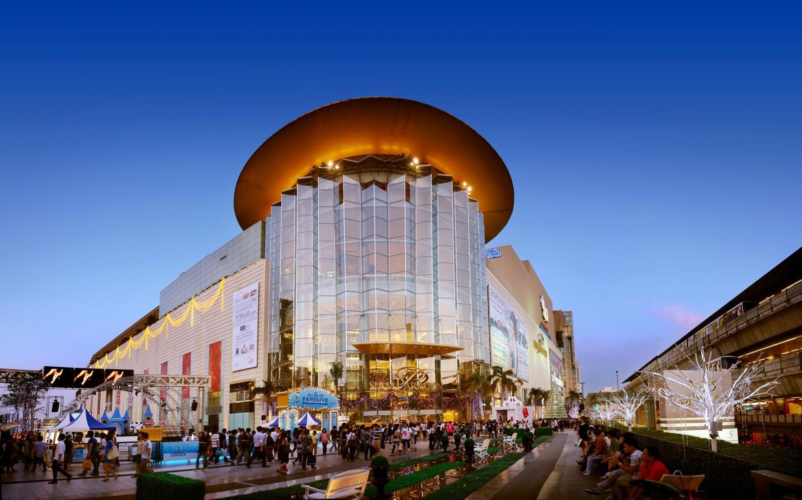 siam-paragon-shopping-mall-in-bangkok-thailand