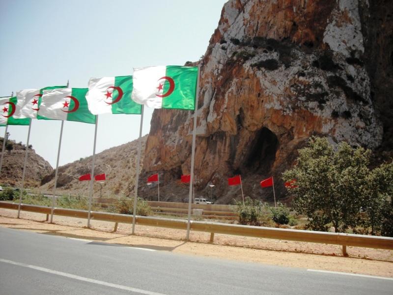 Algérie-frontière-avec-le-Maroc