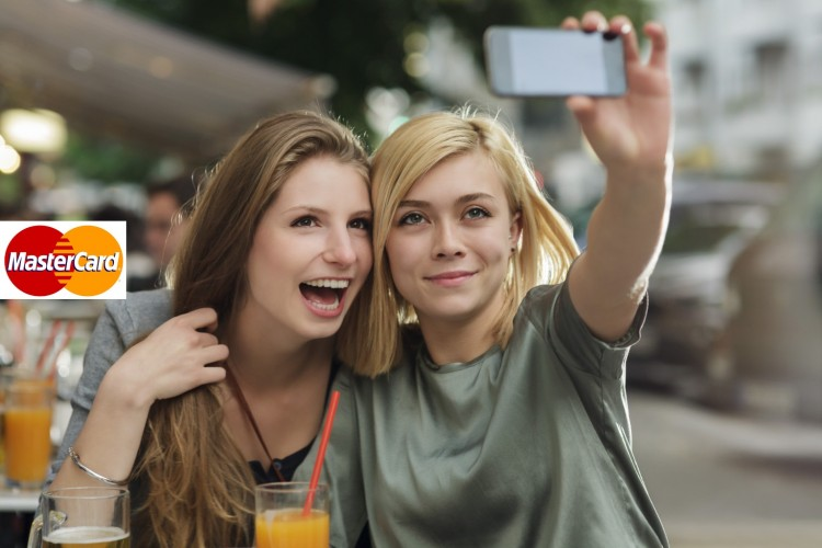 MasterCard-App-will-let-you-Pay-with-a-Selfie-750x500