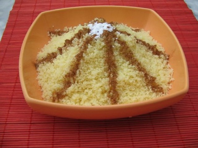 couscous-sucre-a-la-cannelle-seffa