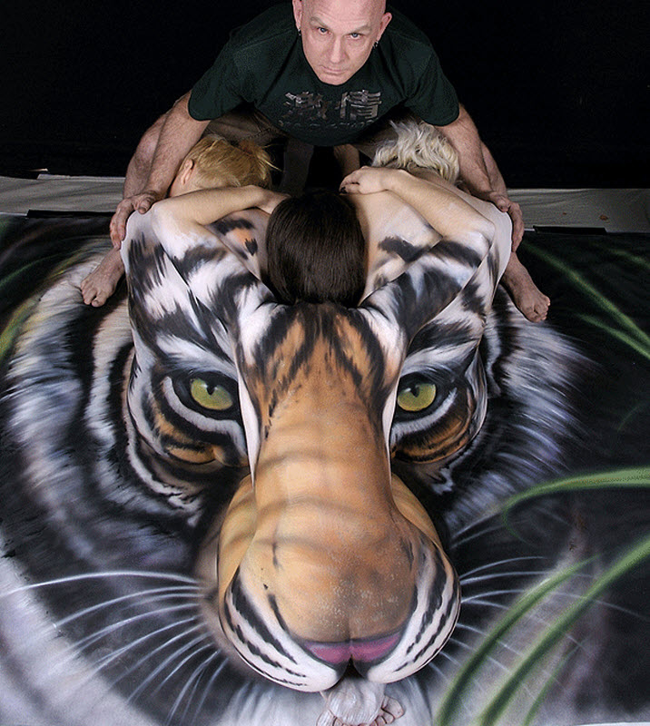 craig-tracy-tigre-3-femmes