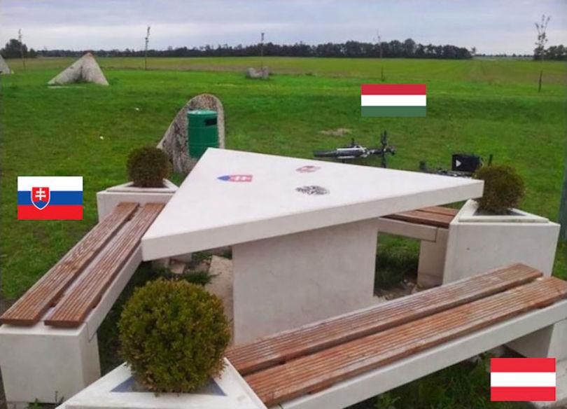 international-borders-22__700-810x584