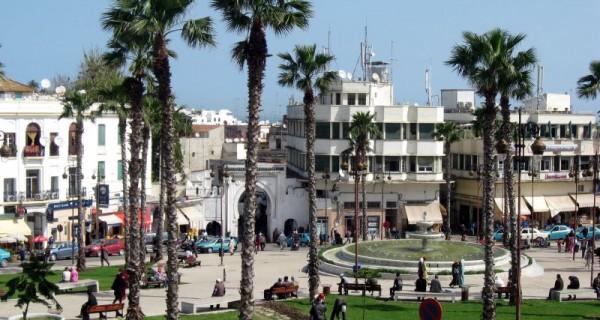 Maroc-Tanger-Grand-Socco-600x320