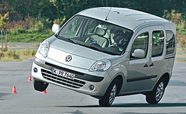 S7-Tests-ADAC-Le-Renault-Kangoo-fait-le-cabri-dans-l-Elan-26994