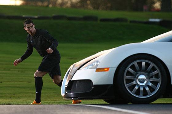 cristiano-ronaldo-vs-bugatti-veyron2