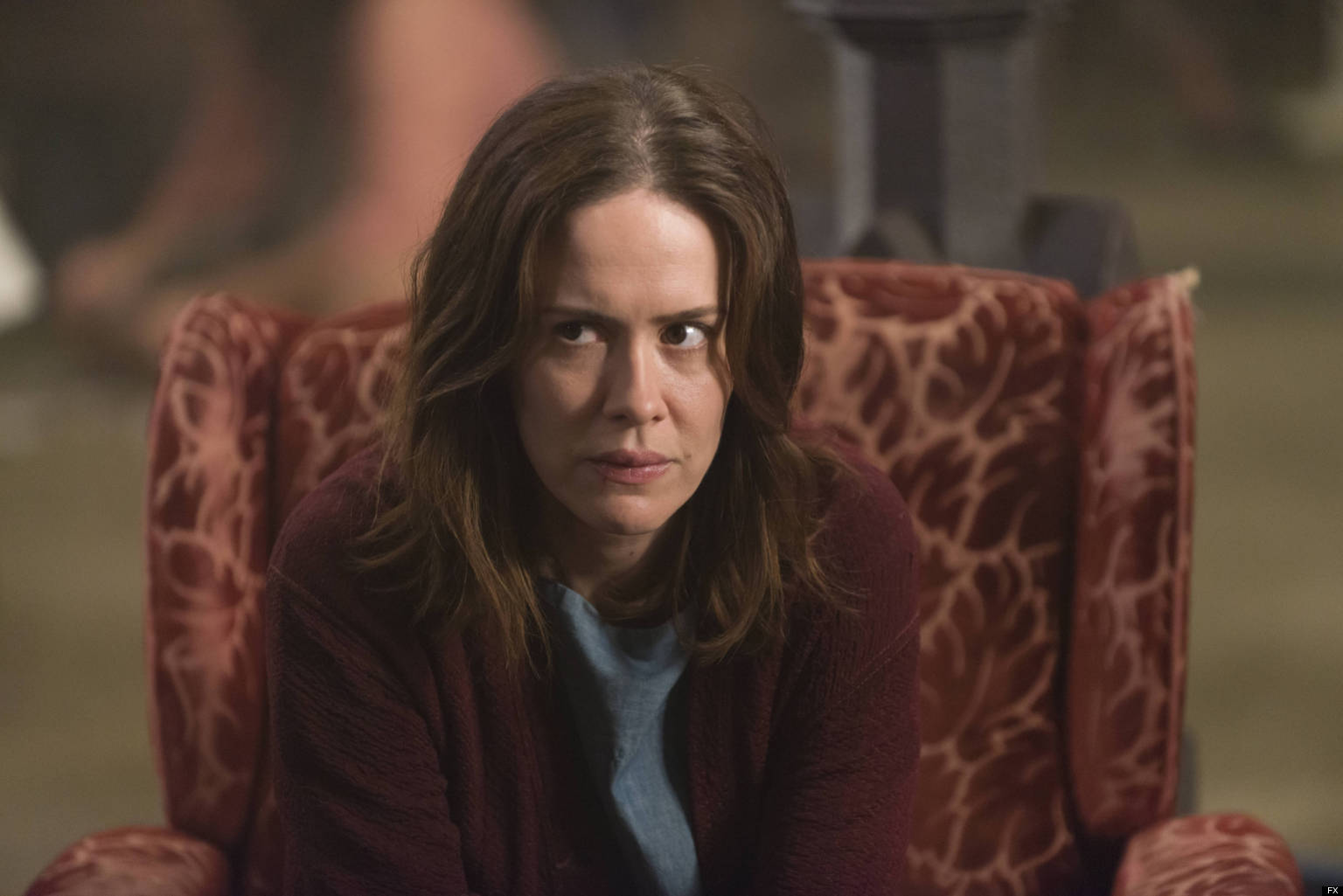 AMERICAN HORROR STORY The Name Game -- Episode 210 (Airs Wednesday, January 2, 10:00 pm e/p) -- Pictured: Sarah Paulson as Lana Winters -- CR: Prashant Gupta/FX