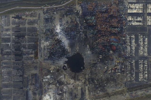 1046377-vue-aerienne-site-explosion-tianjin