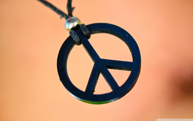 peace_and_love-wallpaper-1152x720